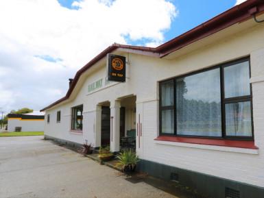 Railway Hotel Business for Sale Otautau
