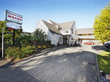 Kings Gate Motel  Business  for Sale