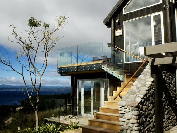 Lodge and B&B Luxury Home  Business for Sale Taupo