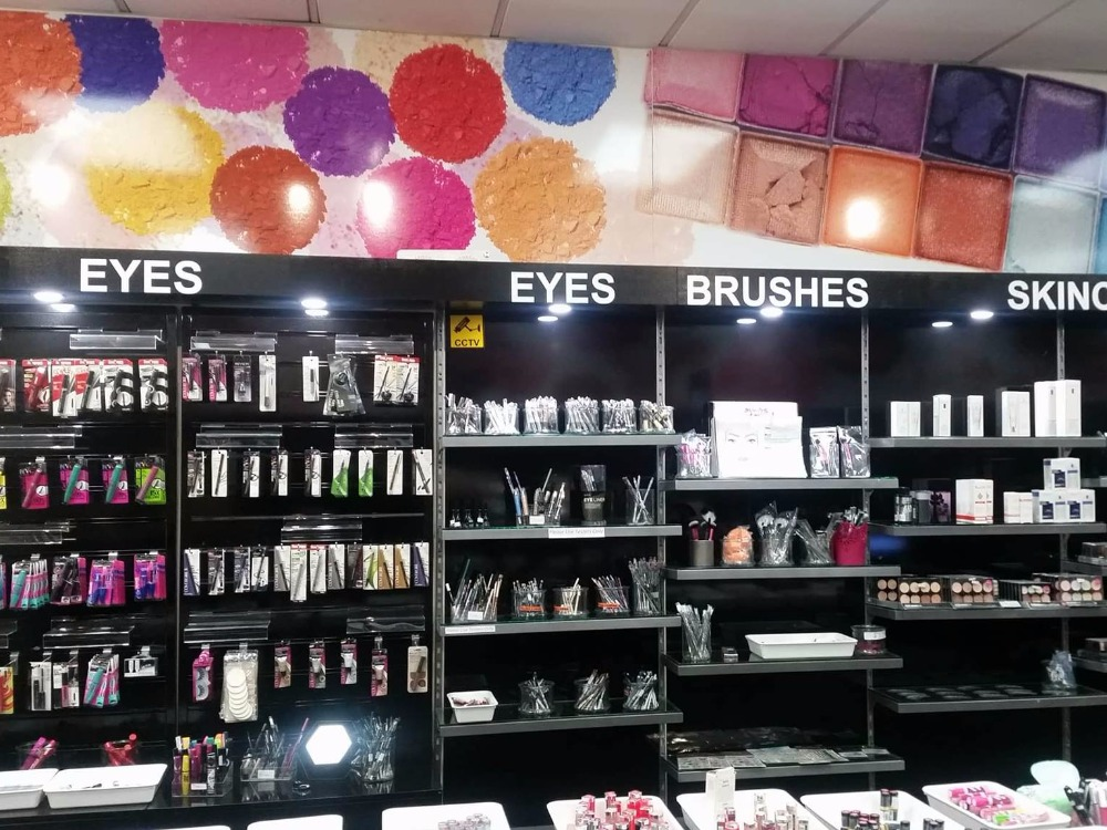 Cosmetics & Fragrance Discount Retail Shops Business for Sale Dunedin