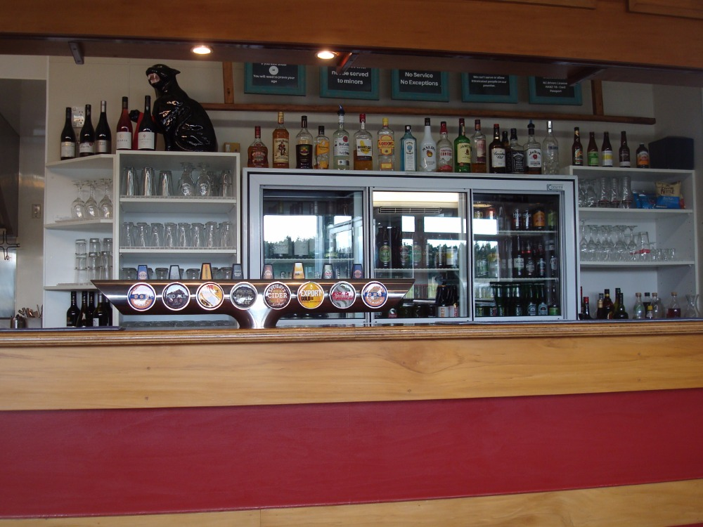 Cafe Restaurant Bar and Bottle Store for Sale Mayfield