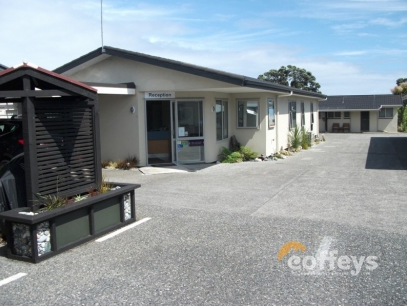 14 Superbly Presented Motel Units Business for Sale Greymouth