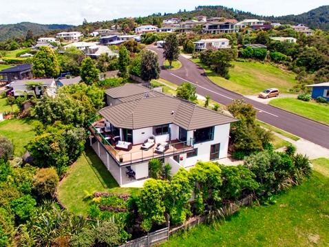Qualmark 5-Star Boutique Lodge Business for Sale Whitianga