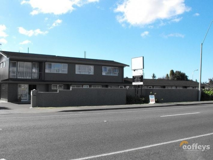 12 Unit Motel for Sale Hastings