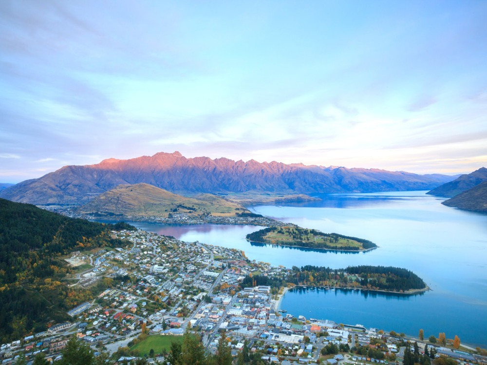 Prime CBD Bar Premise for Sale Queenstown