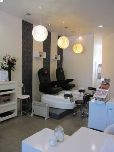 Small Beauty Shop  Business  for Sale