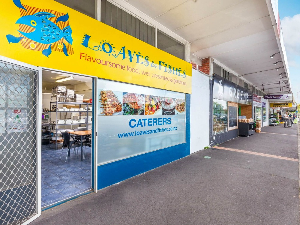 Catering Business with Cafe for Sale Te Atatu Peninsula Auckland