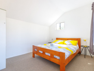 Almond House Backpackers - FHGC  Business  for Sale