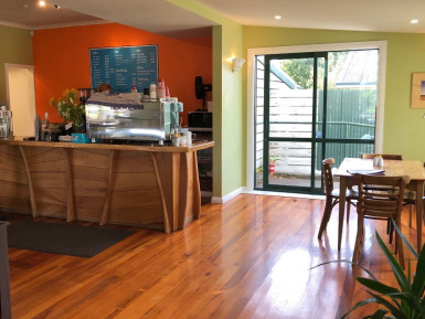Daytime Cafe  Business  for Sale