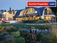 Luxurious Kapitea Ridge Boutique Lodge Business for Sale West Coast